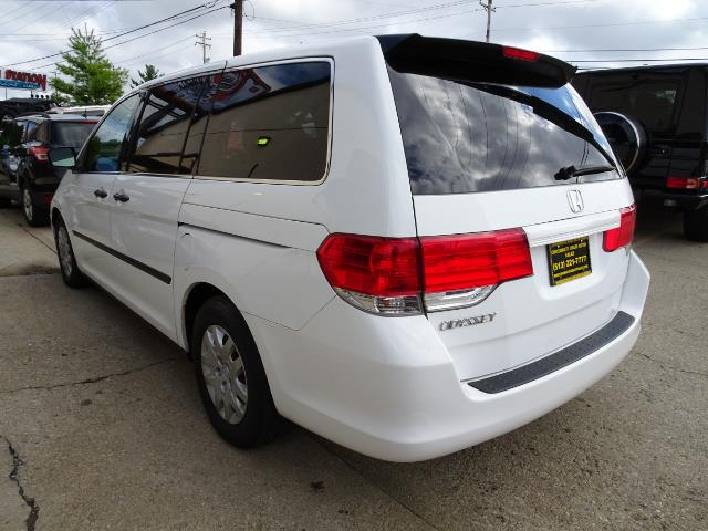 2009 Honda Odyssey LX - Photo 12 - Cincinnati, OH 45255