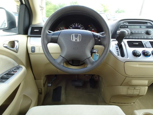2009 Honda Odyssey LX - Photo 6 - Cincinnati, OH 45255