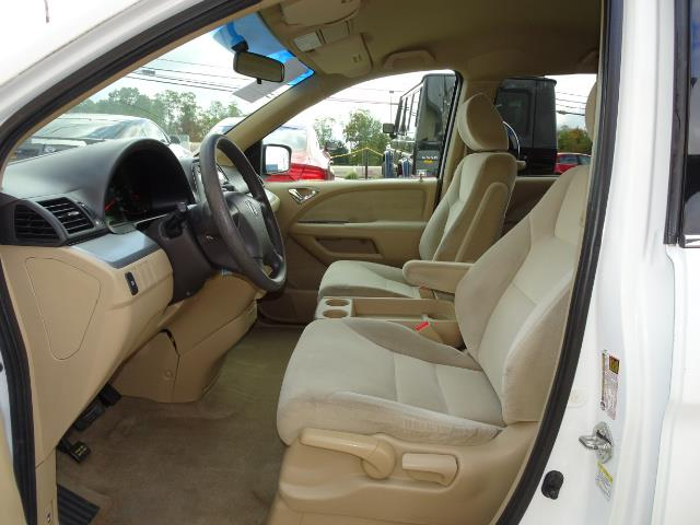 2009 Honda Odyssey LX - Photo 7 - Cincinnati, OH 45255