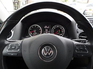 2013 Volkswagen Tiguan SE - Photo 15 - Cincinnati, OH 45255