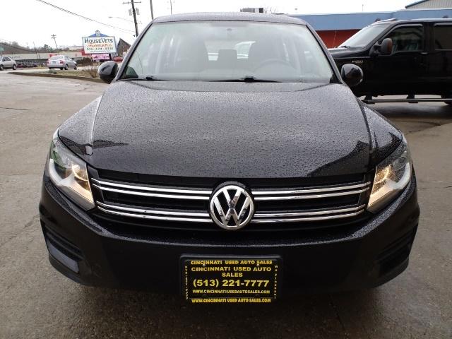 2013 Volkswagen Tiguan S - Photo 2 - Cincinnati, OH 45255