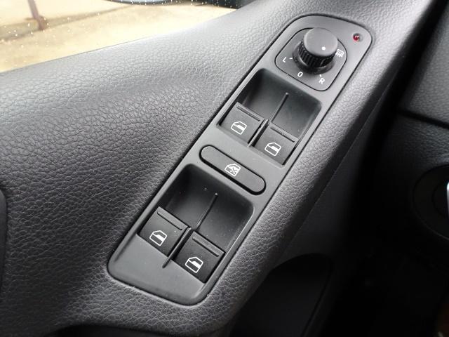 2013 Volkswagen Tiguan SE - Photo 19 - Cincinnati, OH 45255