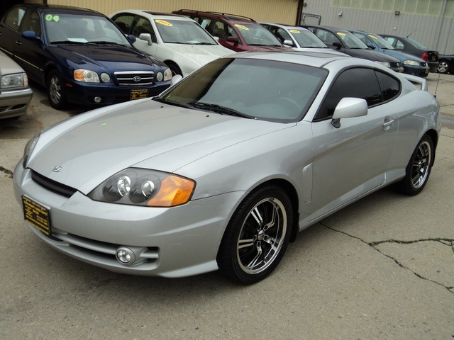 ... 2003 Hyundai Tiburon GT V6   Photo 3   Cincinnati, OH 45255 ...