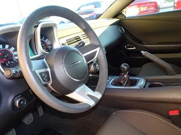 2010 Chevrolet Camaro LT - Photo 12 - Cincinnati, OH 45255