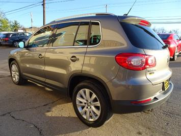 2009 Volkswagen Tiguan SEL - Photo 11 - Cincinnati, OH 45255