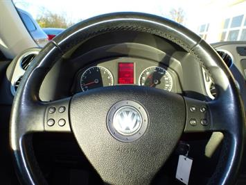 2009 Volkswagen Tiguan SEL - Photo 15 - Cincinnati, OH 45255