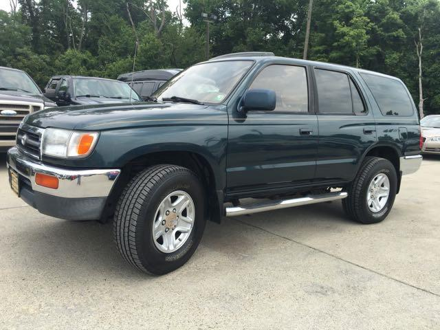 1996 Toyota 4Runner SR5 - Photo 11 - Cincinnati, OH 45255