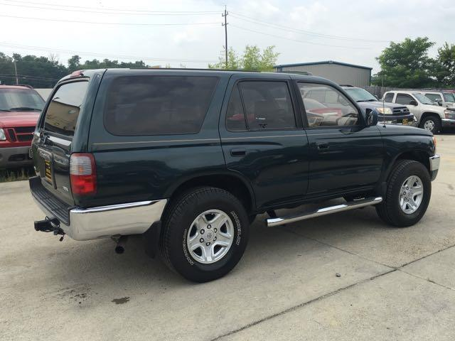 1996 Toyota 4Runner SR5 - Photo 6 - Cincinnati, OH 45255