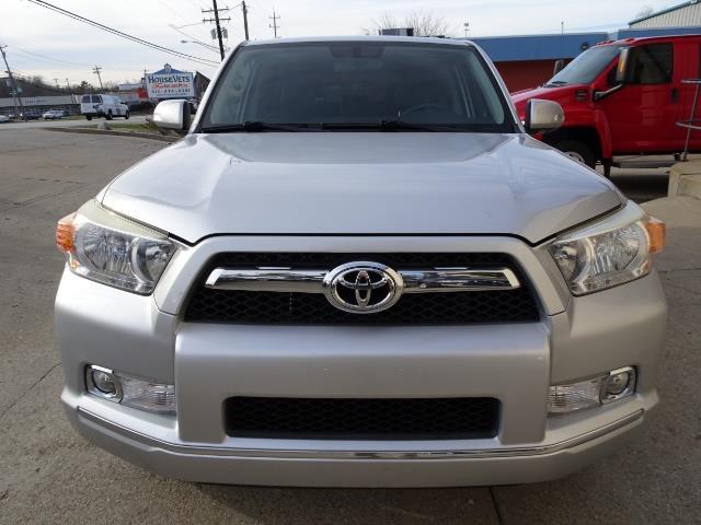 2011 Toyota 4Runner Limited - Photo 2 - Cincinnati, OH 45255
