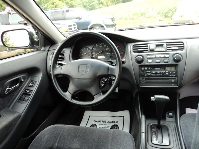 ... 2000 Honda Accord LX V6   Photo 7   Cincinnati, OH 45255 ...