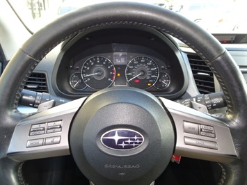 2011 Subaru Outback 2.5i Premium - Photo 26 - Cincinnati, OH 45255