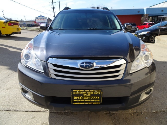 2011 Subaru Outback 2.5i Premium - Photo 10 - Cincinnati, OH 45255