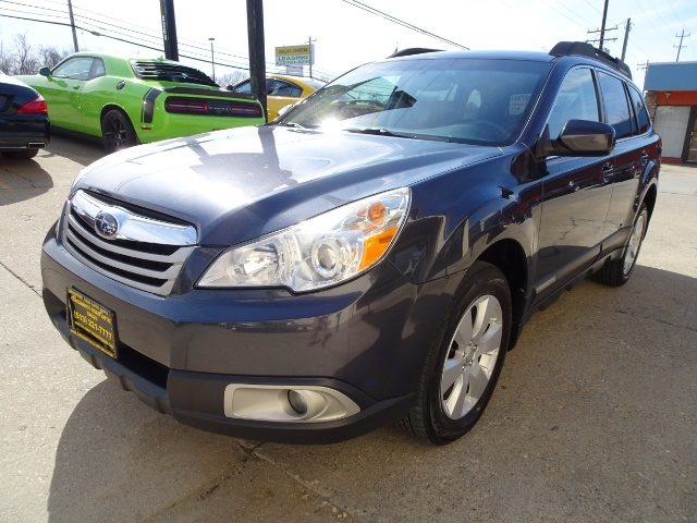 2011 Subaru Outback 2.5i Premium - Photo 9 - Cincinnati, OH 45255