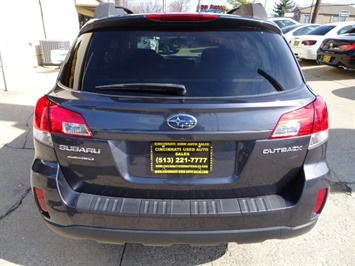2011 Subaru Outback 2.5i Premium - Photo 5 - Cincinnati, OH 45255