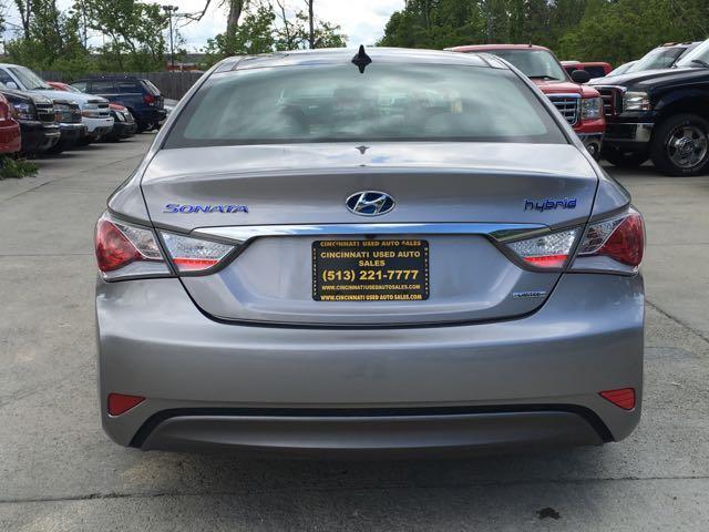 2013 Hyundai Sonata Hybrid Limited - Photo 5 - Cincinnati, OH 45255
