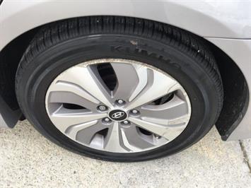 2013 Hyundai Sonata Hybrid Limited - Photo 32 - Cincinnati, OH 45255