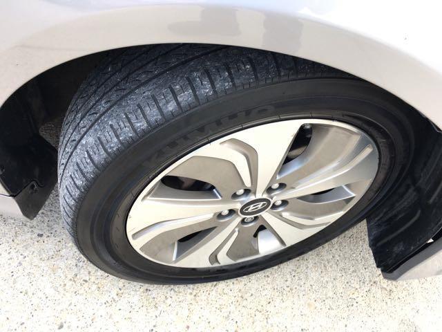 2013 Hyundai Sonata Hybrid Limited - Photo 30 - Cincinnati, OH 45255