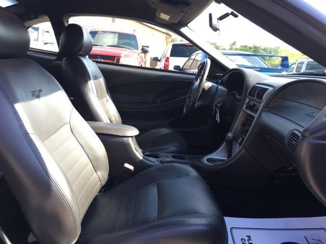 2004 Ford Mustang GT Deluxe - Photo 8 - Cincinnati, OH 45255