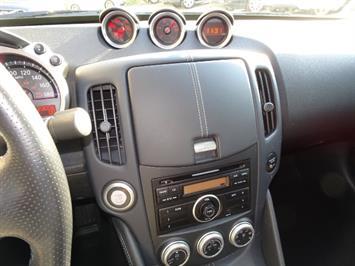 2014 Nissan 370Z - Photo 18 - Cincinnati, OH 45255