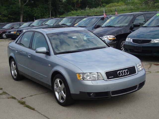 2003 audi a4 1 8t quattro for sale in cincinnati oh. Black Bedroom Furniture Sets. Home Design Ideas