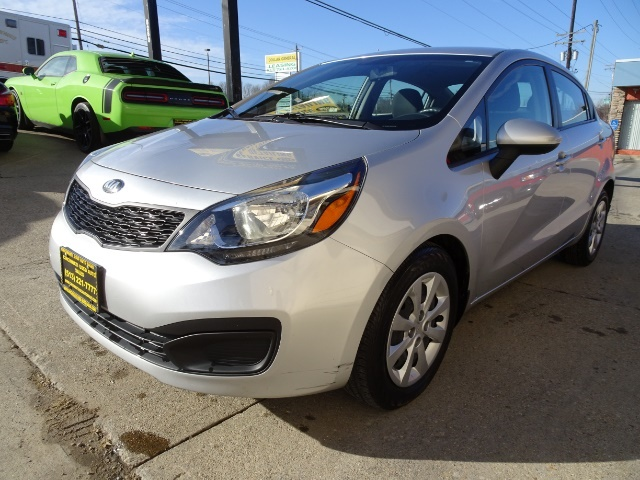 2013 Kia Rio LX - Photo 9 - Cincinnati, OH 45255