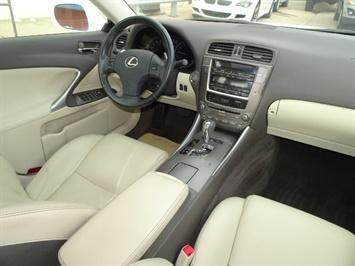 2009 Lexus IS 250 - Photo 12 - Cincinnati, OH 45255