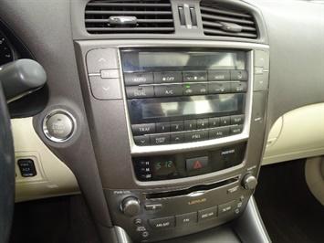 2009 Lexus IS 250 - Photo 18 - Cincinnati, OH 45255