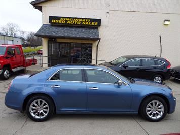2011 Chrysler 300C - Photo 3 - Cincinnati, OH 45255