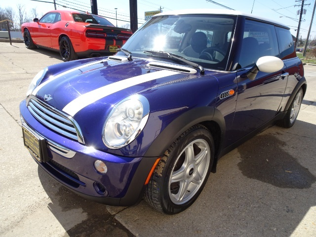 2005 Mini Cooper - Photo 9 - Cincinnati, OH 45255