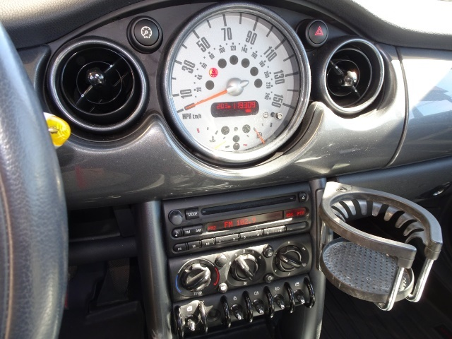 2005 Mini Cooper - Photo 18 - Cincinnati, OH 45255