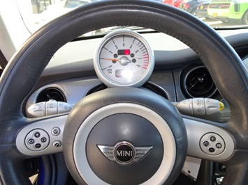 2005 Mini Cooper - Photo 15 - Cincinnati, OH 45255