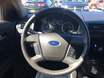 2006 Ford Fusion V6 SEL - Photo 16 - Cincinnati, OH 45255