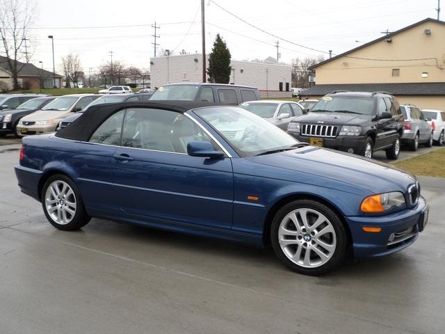 BMW Ci For Sale In Cincinnati OH Stock - 2002 bmw 330 convertible
