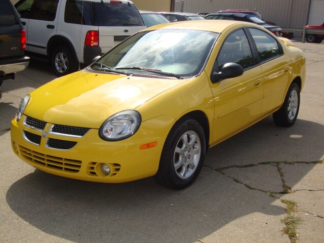 A A Ee on 2003 Dodge Neon 2 Door Yellow