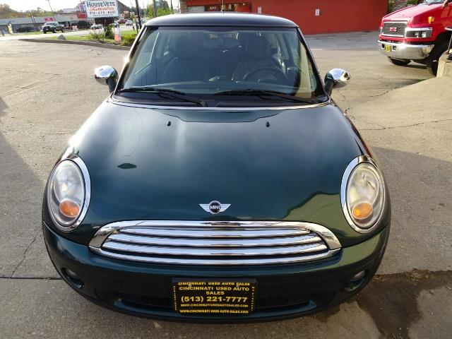 2010 Mini Cooper - Photo 2 - Cincinnati, OH 45255