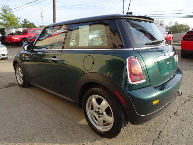 2010 Mini Cooper - Photo 11 - Cincinnati, OH 45255