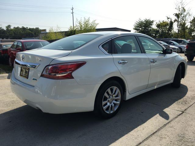2013 Nissan Altima 2.5 S - Photo 13 - Cincinnati, OH 45255
