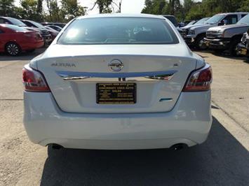 2013 Nissan Altima 2.5 S - Photo 5 - Cincinnati, OH 45255