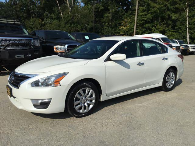 2013 Nissan Altima 2.5 S - Photo 3 - Cincinnati, OH 45255