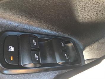 2013 Ford Fiesta SE - Photo 23 - Cincinnati, OH 45255