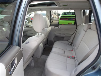 2010 Subaru Forester 2.5XT Premium - Photo 8 - Cincinnati, OH 45255