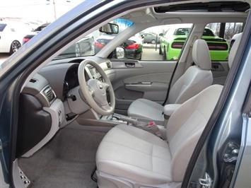 2010 Subaru Forester 2.5XT Premium - Photo 7 - Cincinnati, OH 45255