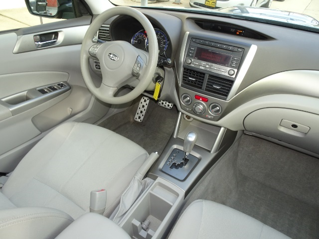 2010 Subaru Forester 2.5XT Premium - Photo 12 - Cincinnati, OH 45255