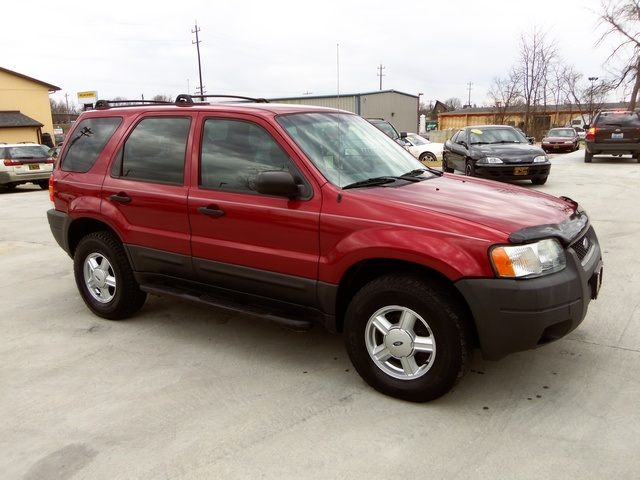 2004 ford escape xls for sale in cincinnati oh stock 11157. Black Bedroom Furniture Sets. Home Design Ideas