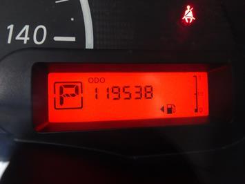 2013 Nissan Versa 1.6 SV - Photo 16 - Cincinnati, OH 45255