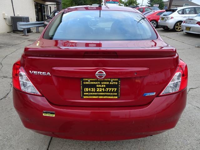 2013 Nissan Versa 1.6 SV - Photo 4 - Cincinnati, OH 45255