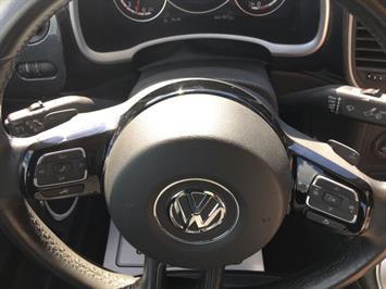 2014 Volkswagen Beetle-Classic R-Line PZEV - Photo 18 - Cincinnati, OH 45255