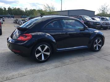 2014 Volkswagen Beetle-Classic R-Line PZEV - Photo 6 - Cincinnati, OH 45255