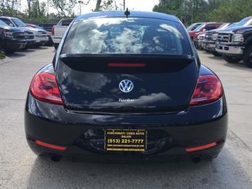 2014 Volkswagen Beetle-Classic R-Line PZEV - Photo 5 - Cincinnati, OH 45255