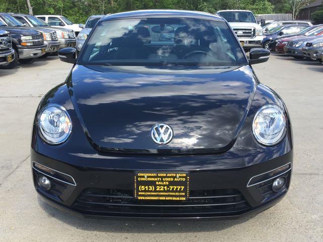 2014 Volkswagen Beetle-Classic R-Line PZEV - Photo 2 - Cincinnati, OH 45255